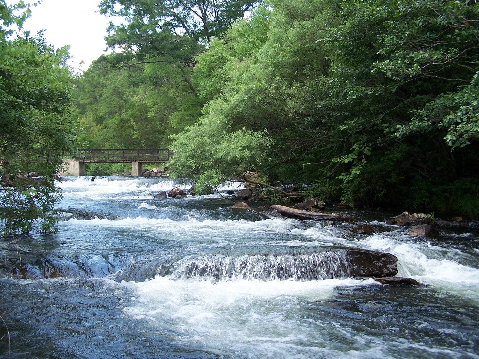 Fall into nature weekend retreat to broken bow ok for Broken bow fishing